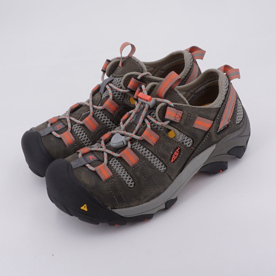 Hiking Sneakers Size 5