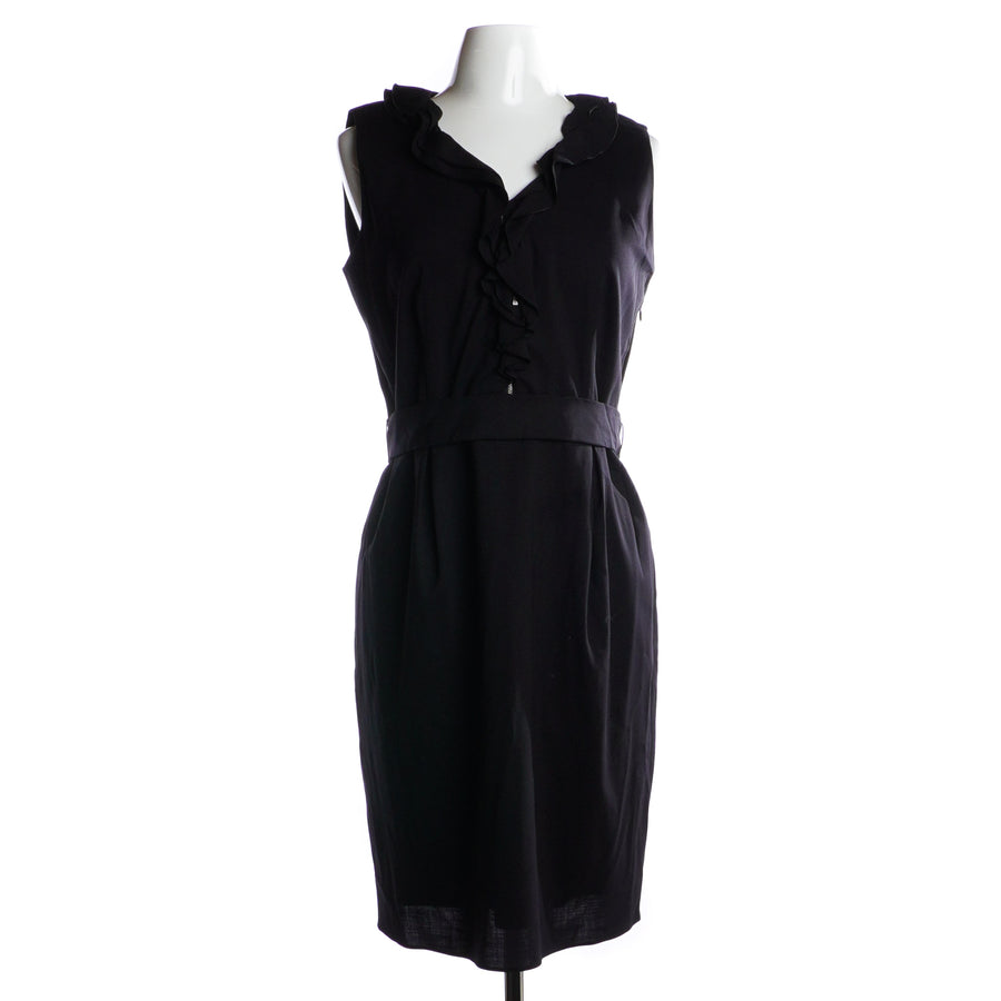 Ruffle V-neck Dress Size 40
