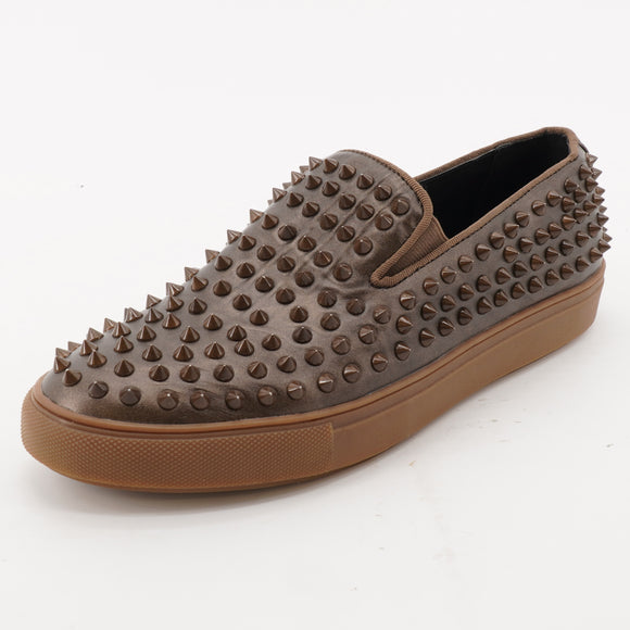 Hyde Studded Slip On Casual Shoes Size 8
