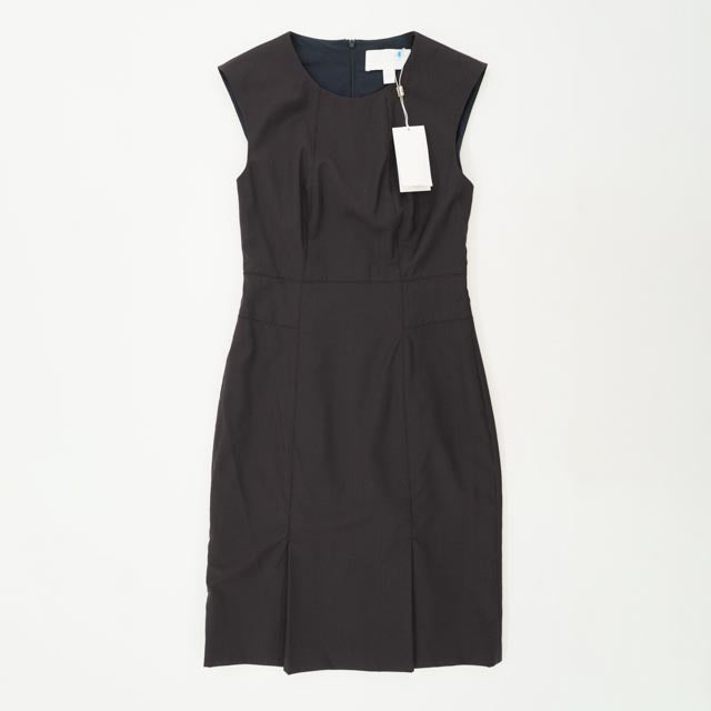 Sleeveless Fitted Dress Size 0