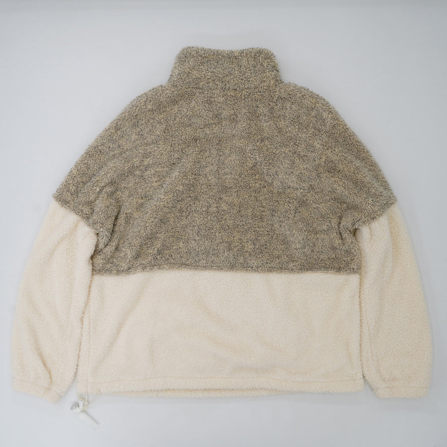 High Neck 1/4 Zip Pouch Pocket Fluffy Pullover  Size L