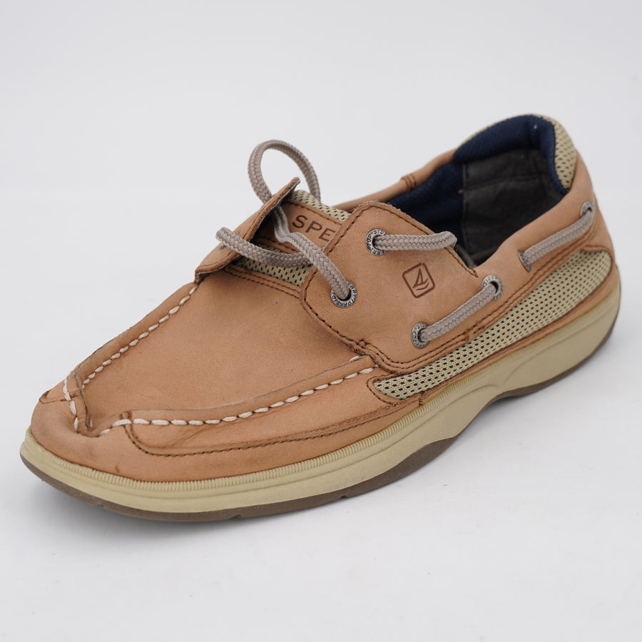Lanyard Boat Shoes Size 6