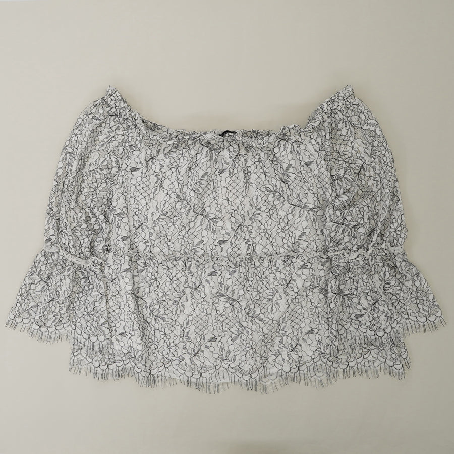 Nichols Off The Shoulder Lace Top Size L