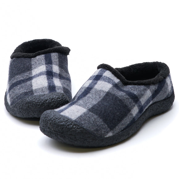 Howser ll Slipper Black Plaid