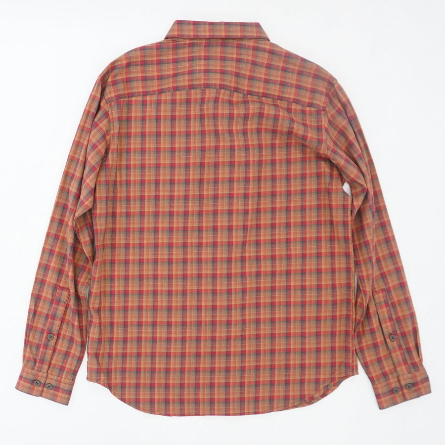 Vapor Ridge lll Button Down Shirt Size M