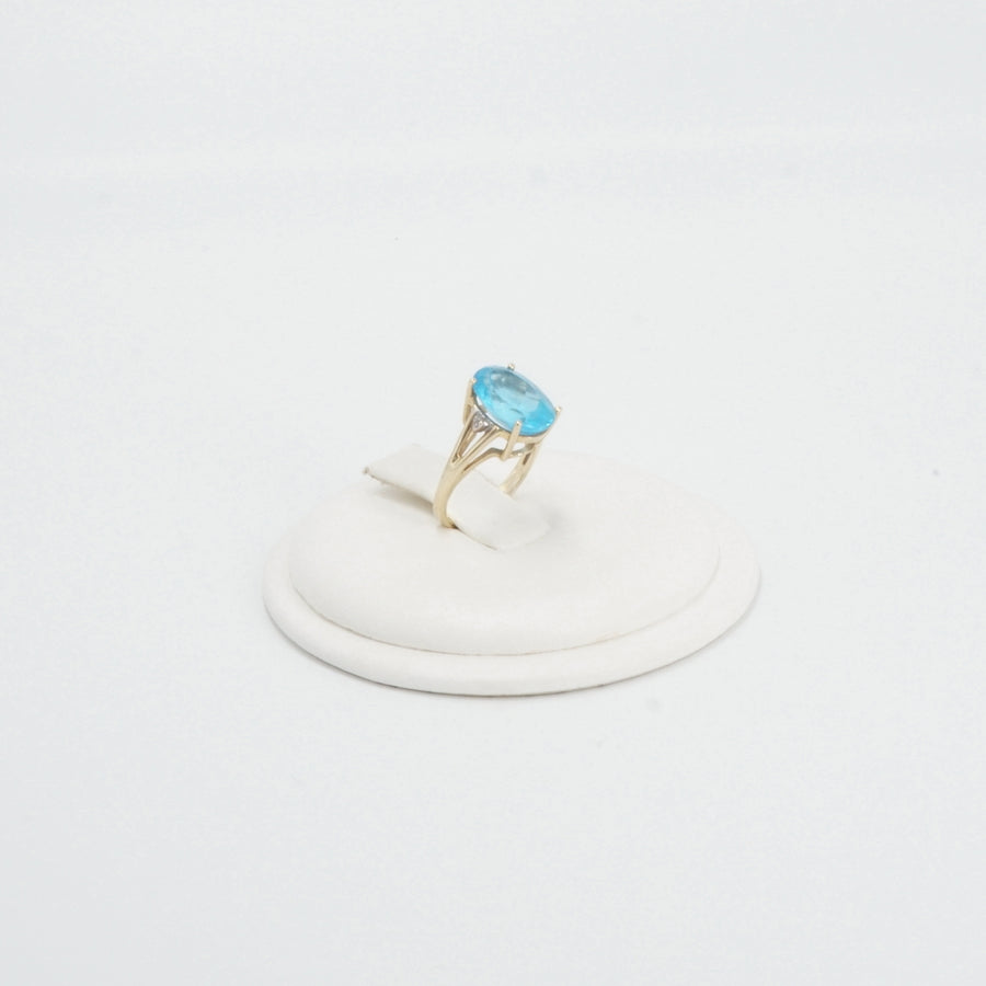 10K Gold Oval Blue Topaz With Diamond Accents - Size 6.5