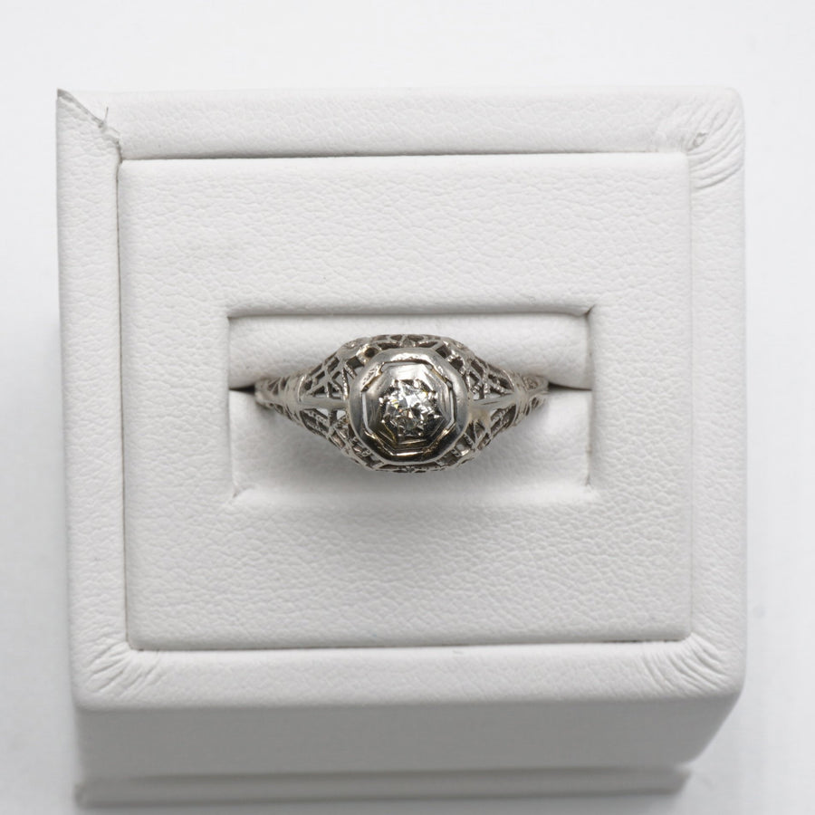 White Gold Art Deco Filigree Diamond Ring