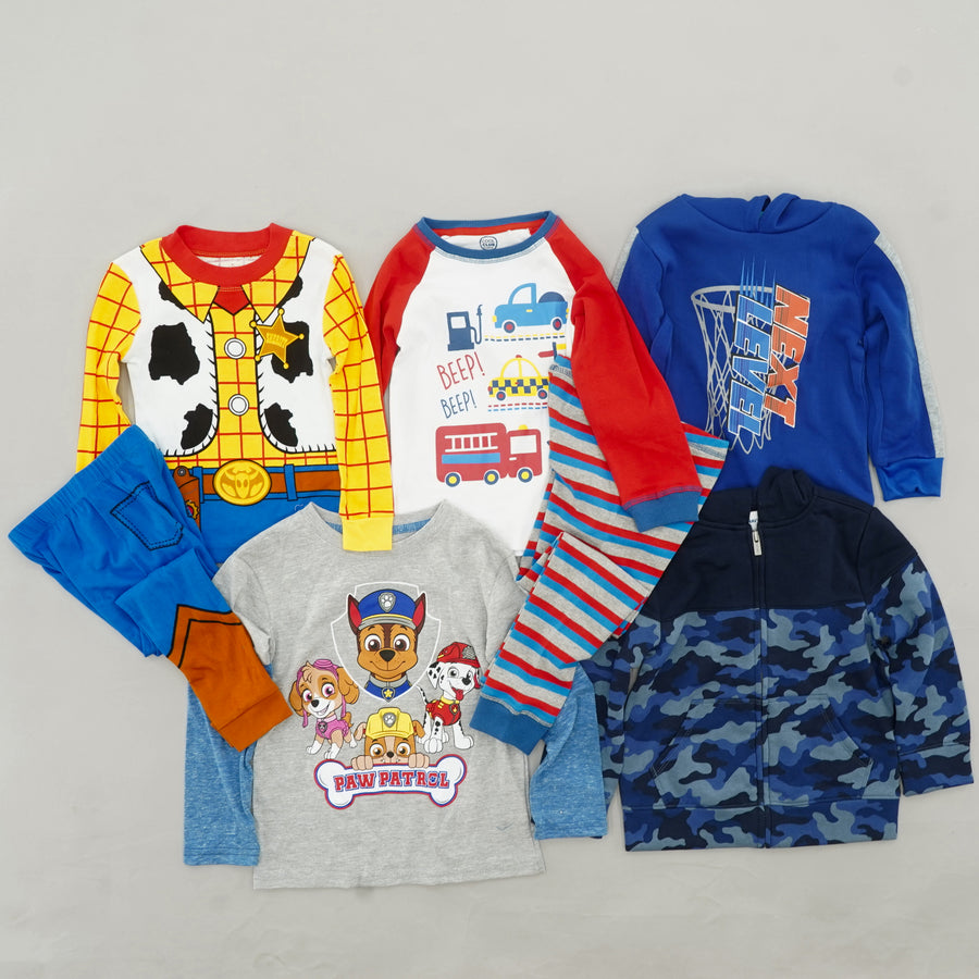 Boys' Assorted Brands Clothing Bundle Size 4