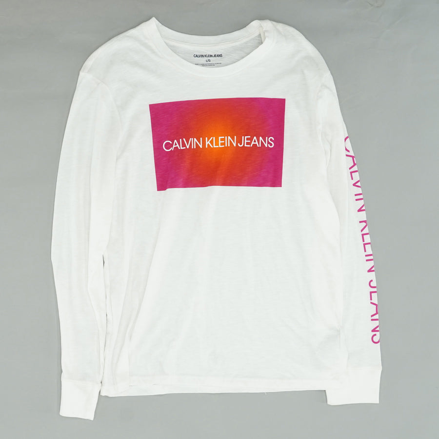 Long Sleeve Graphic Tee Size L