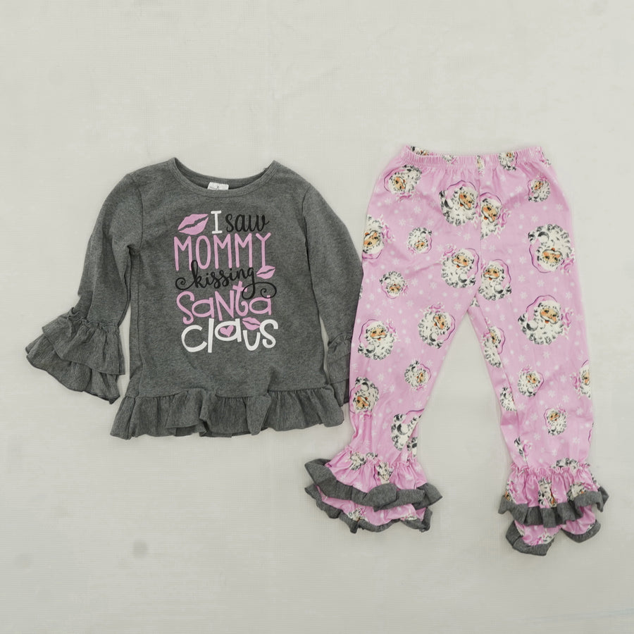 """I Saw Mommy Kissing Santa"" Outfit Size 3/4"
