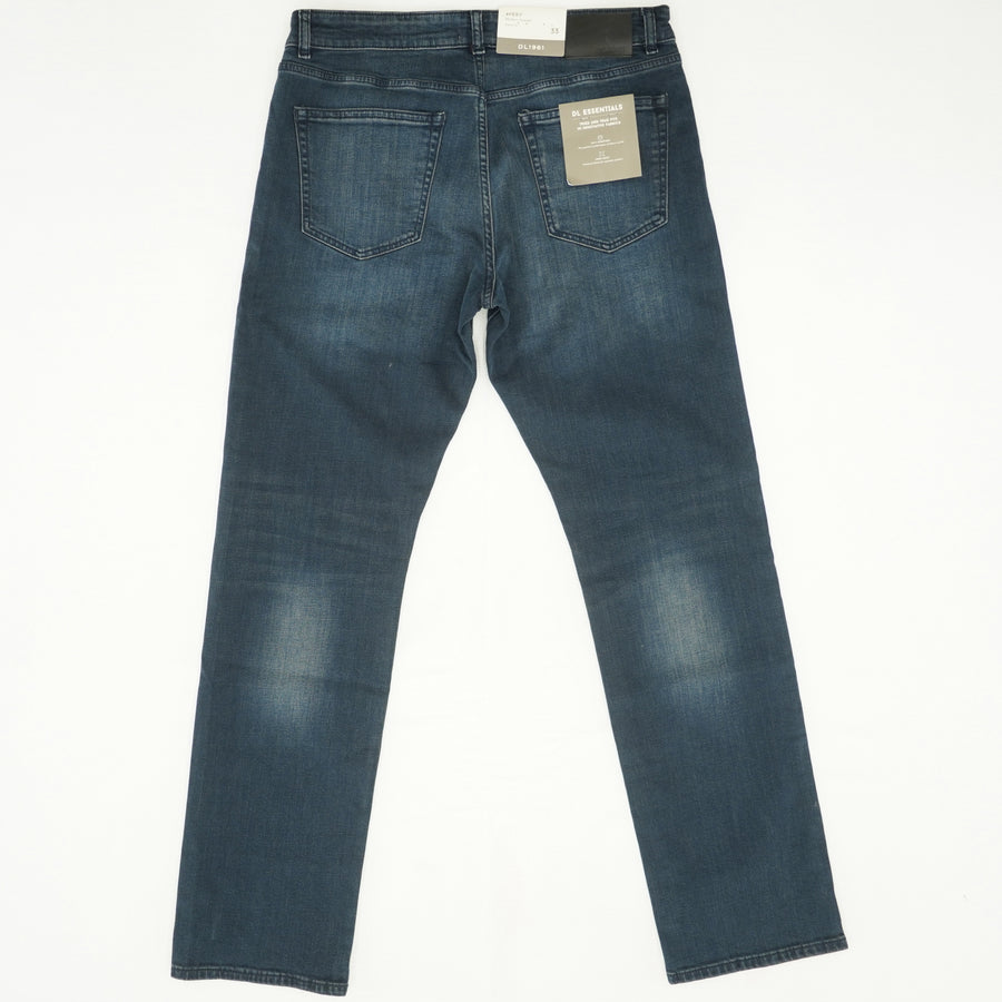 """Fuel"" Avery Modern Straight Jeans Size 33W 34L"