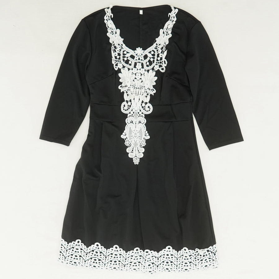 Black Embroidered Detail Dress Size L