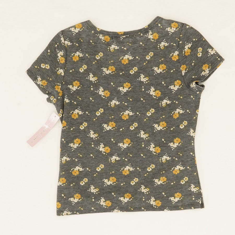 Button Front Floral Waffle Tee Size L