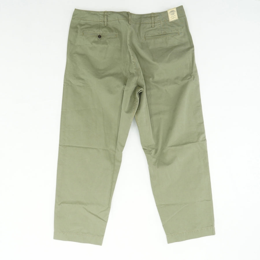 Green Solid Pants Size 38W 32L