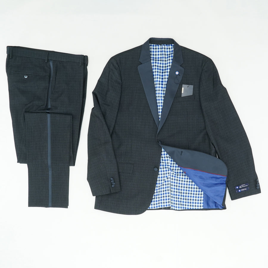 Cedar Two-Piece Slim-Fit Tuxedo Size 44L