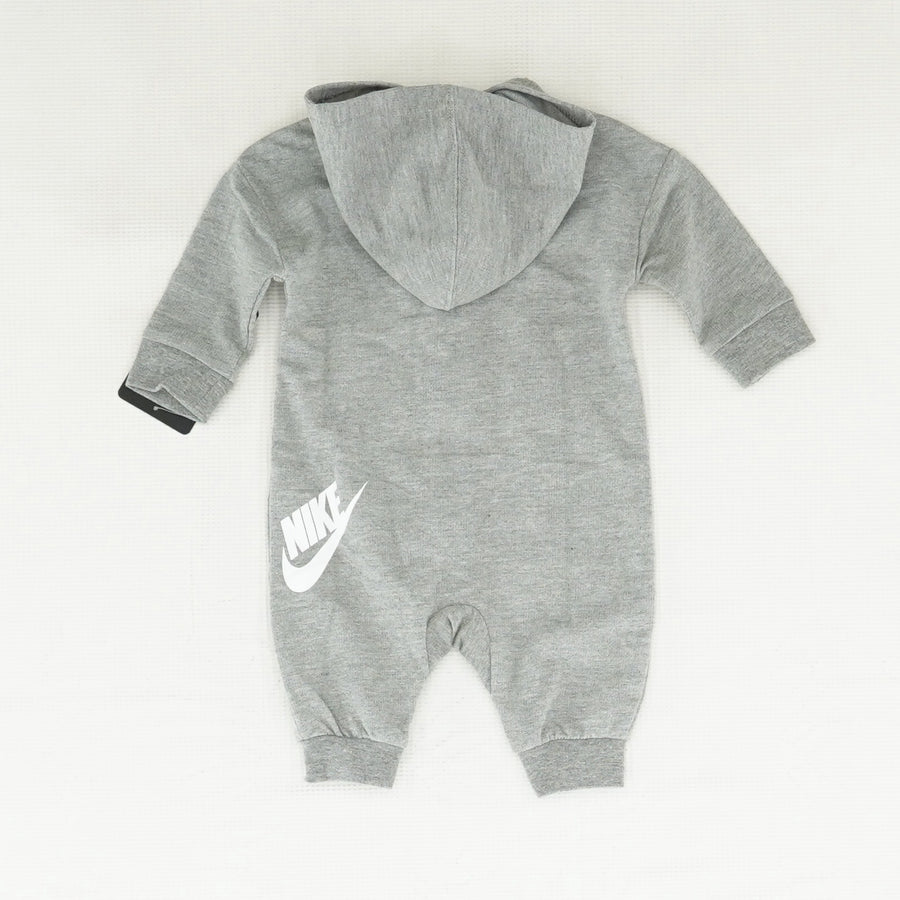 Gray Onsie With Pockets Size 3 Months