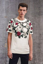 Load image into Gallery viewer, WHITE SNAKE GRAPHIC T-SHIRT - Allsport