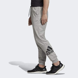 MUST HAVES BADGE OF SPORT TAPERED PANTS - Allsport