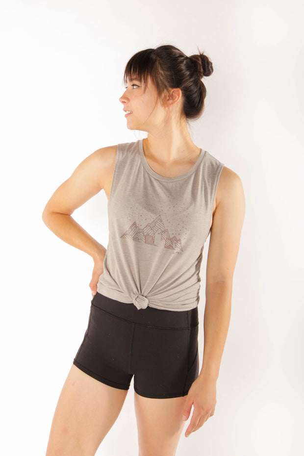 Midnight Mountains - Women's Flowy Muscle Tank