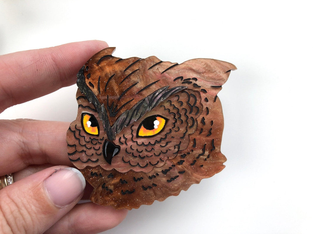 Pearlescent Brown Owl - Laser Cut Acrylic Brooch