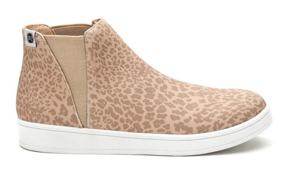 Lure Taupe Leo High Sneaker