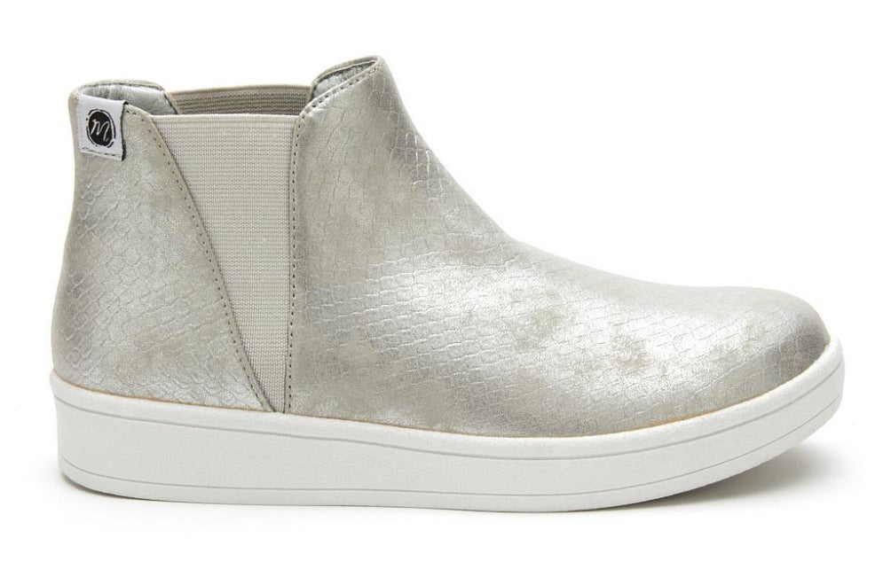 Lil Lure Silver Snake Sneaker