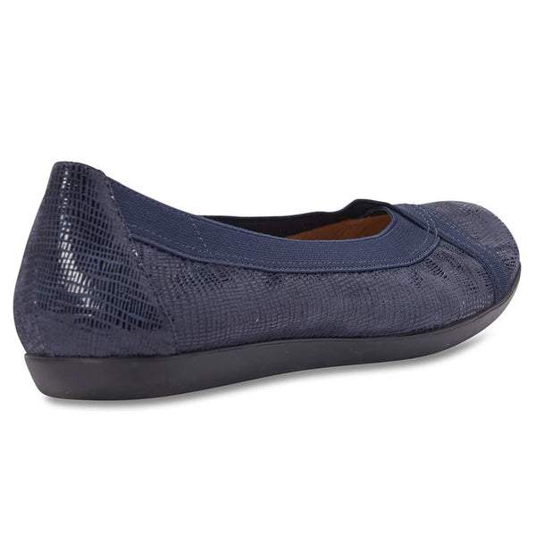 Amanda Flat in Navy Leather