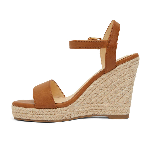 Amato Heel in Tan Fabric