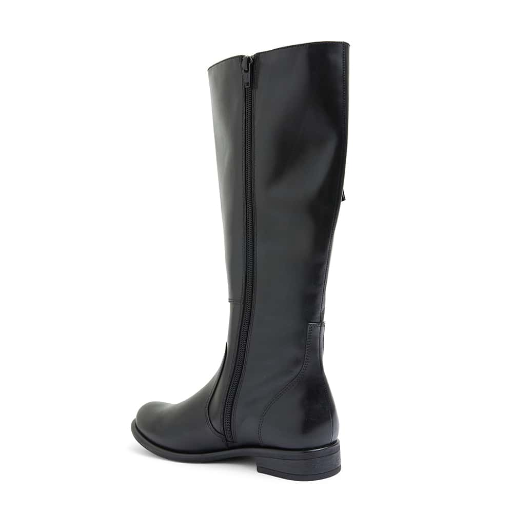 Bachelor Boot in Black Leather