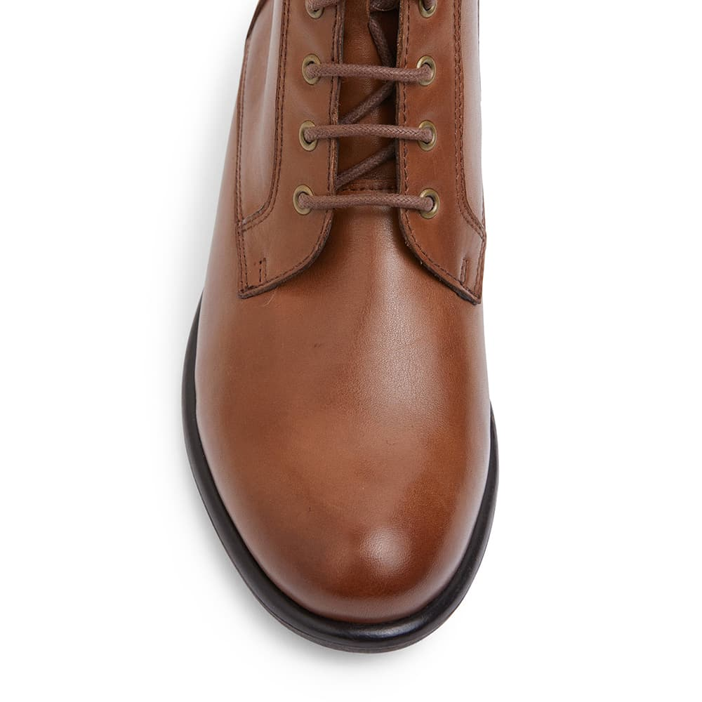 Badge Boot in Mid Brown Leather