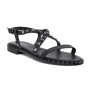 Berry Sandal in Black On Black Leather