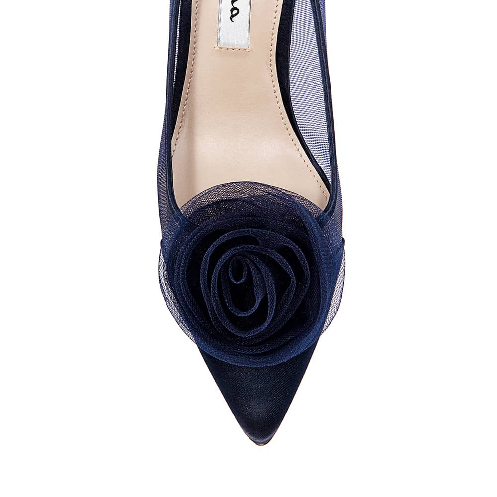 Bettey Heel in Navy