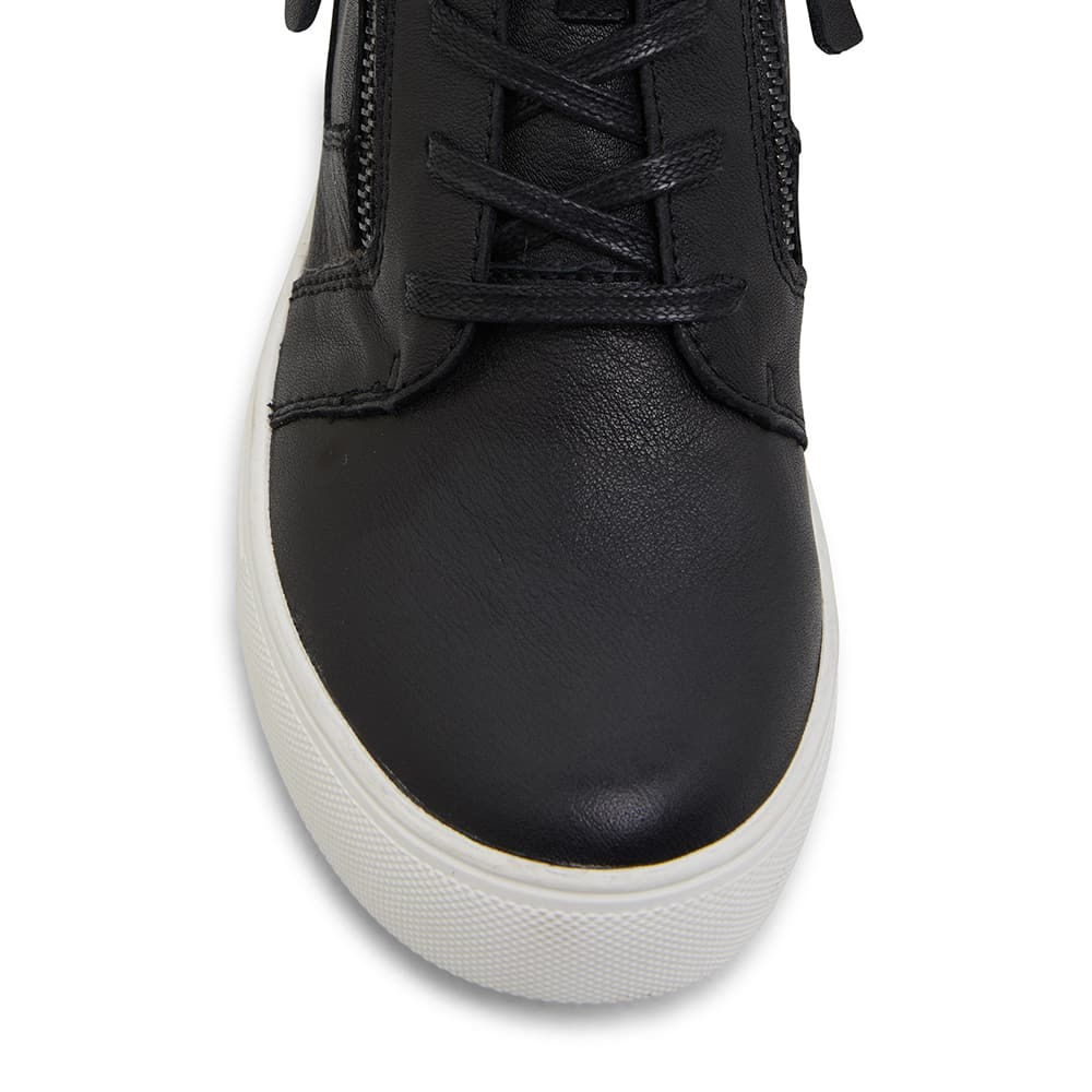 Bingo Sneaker in Black Leather