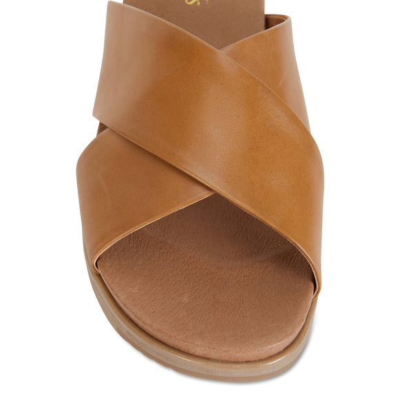 Bold Slide in Cognac Leather