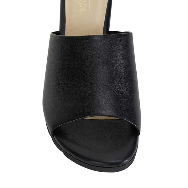 Calypso Heel in Black Leather