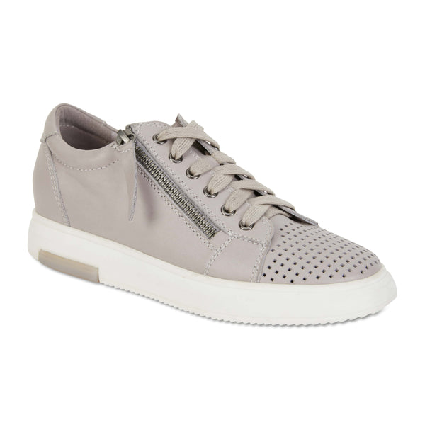 Carson Sneaker in Light Grey Leather