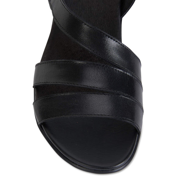 Cisco Sandal in Black Leather