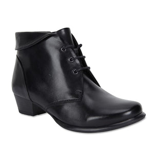 Driver Boot in Black Leather