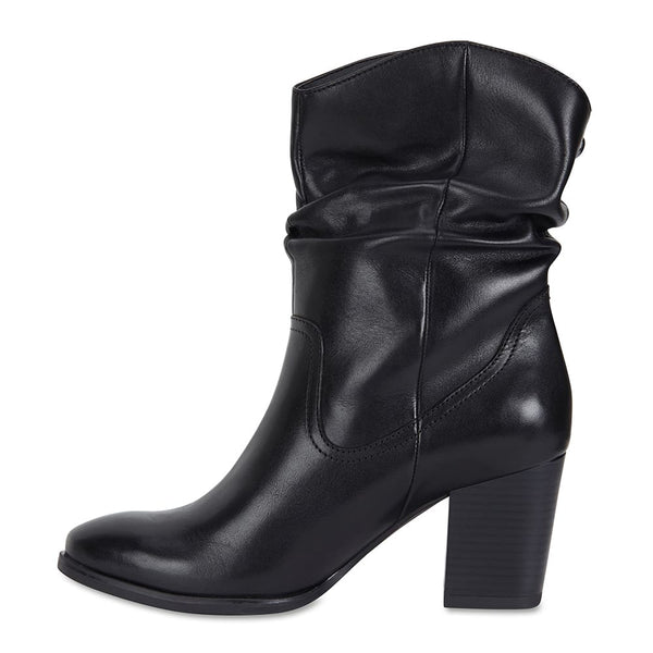 Ecuador Boot in Black Leather