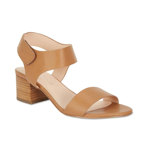 Elesha Heel in Tan Smooth