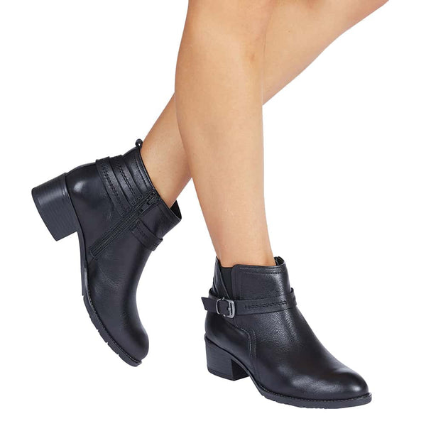 Fitzroy Boot in Black Leather
