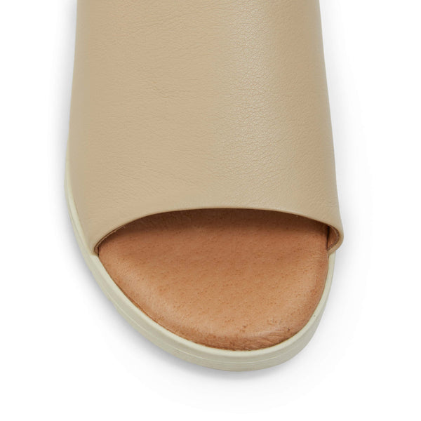 Genoa Slide in Nude Leather
