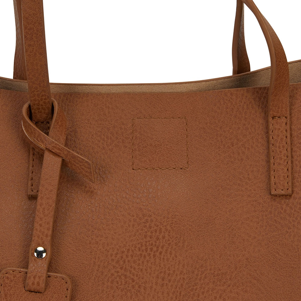 Billi Handbag in Tan