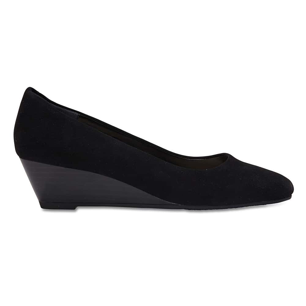 Henry Heel in Black Suede