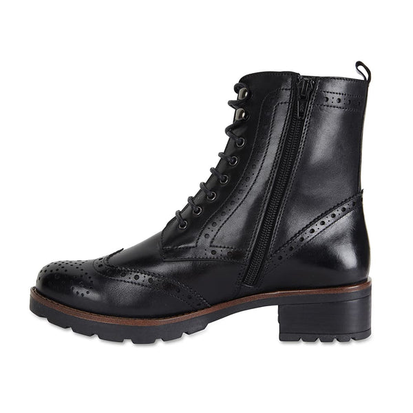 Ian Boot in Black Leather