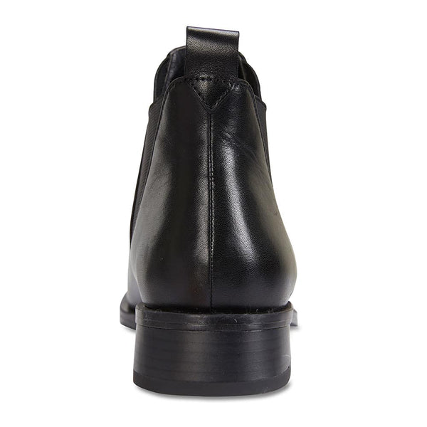 Jersey Boot in Black Leather