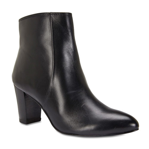 Kasey Boot in Black Leather