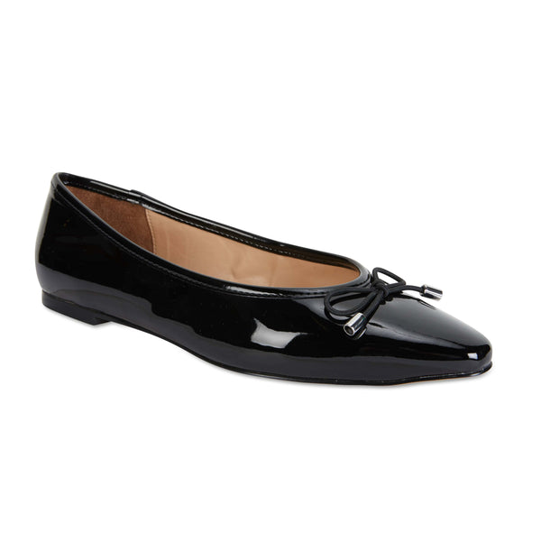 Kindle Flat in Black Patent