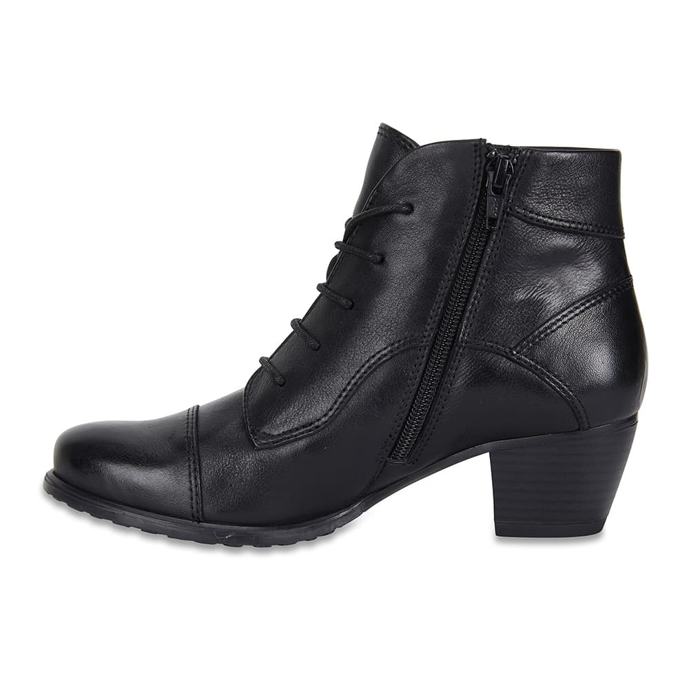 Limit Boot in Black Leather