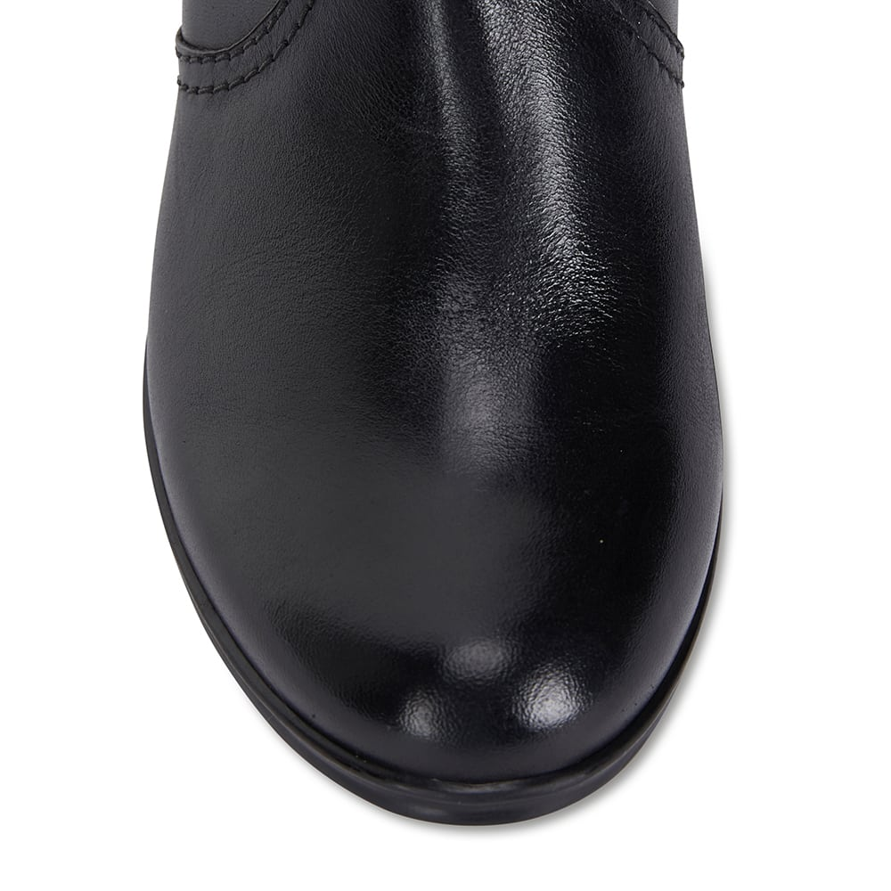 Mascot Boot in Black Leather